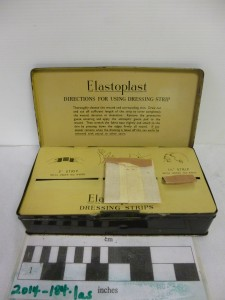 Example of an object photograph. Elastoplast tin with instructions.